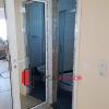 Бяла алуминиева врата с двустранно огледало