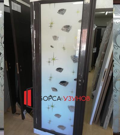 Алуминиеви врати с орнаментни стъкла