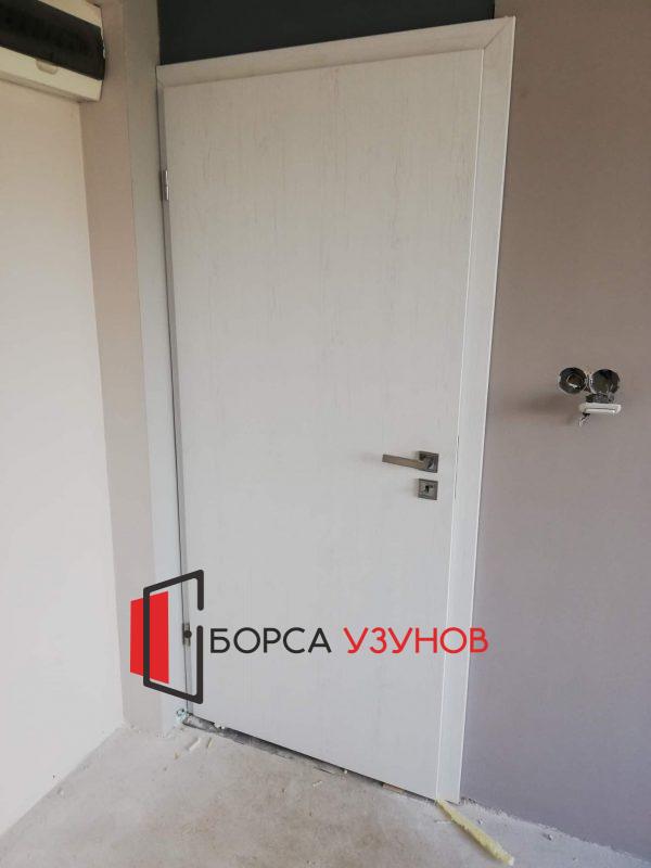 Монтаж на алуминиева врата с обличаща каса