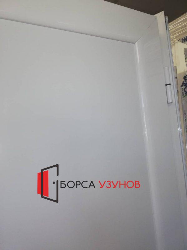Пантите на влагоустойчива врата за баня